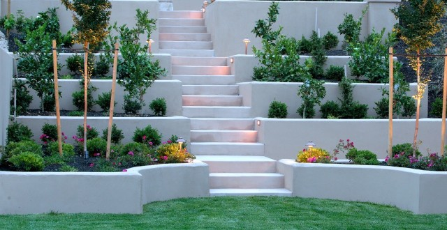 Retaining walls stone concepts inc for Garden design ideas for different levels