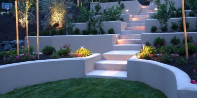 Multi-level-plastered-retaining-wall-with-planters-DT-5479316-e1411680868627